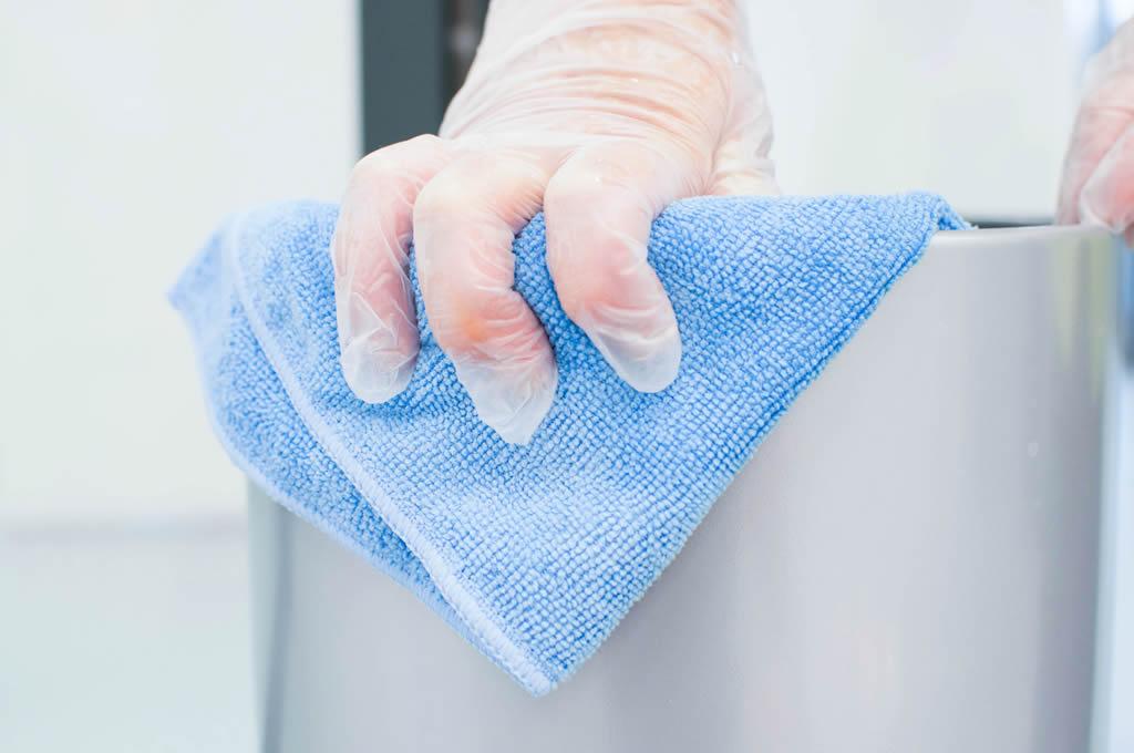 Outil de ménage de Nantnet, société de nettoyage industriel Nantes